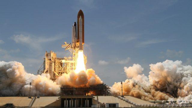 5Gの電波でロケットが飛んだ!やはり5Gは危険なの?