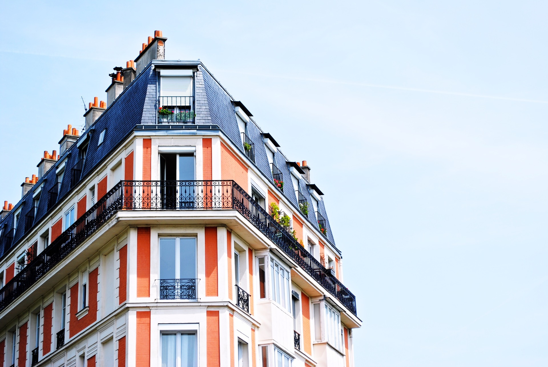 集合住宅向けのローカル5Gサービスとは?