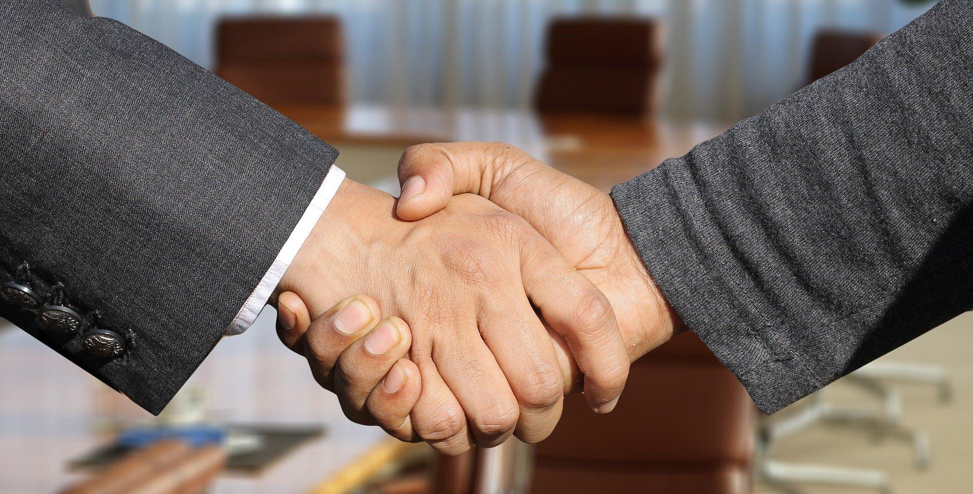 ラストチャンスへNTTとNECが資本提携