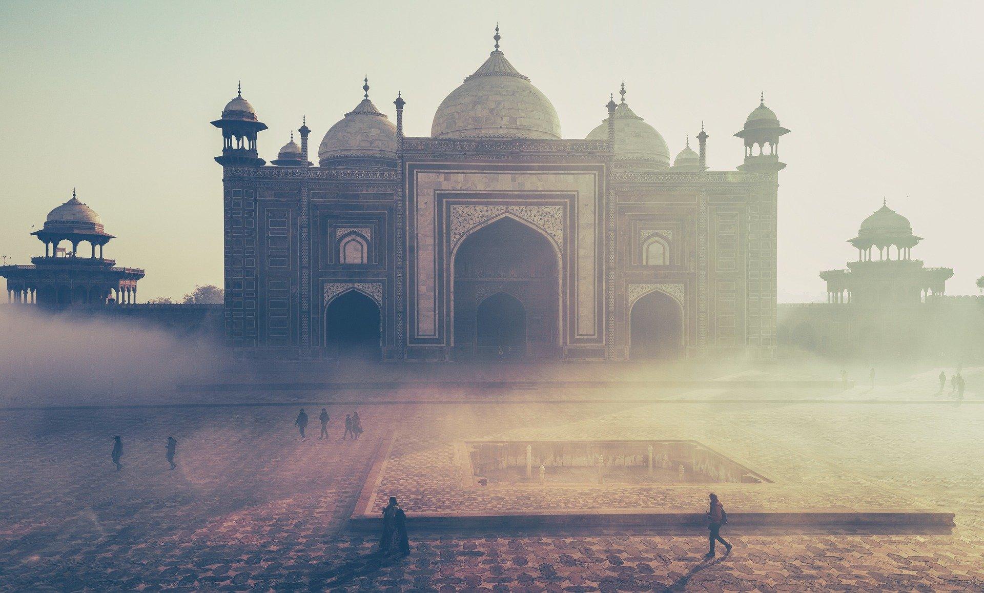 当初インドは5G通信網からファーウェイを排除せず